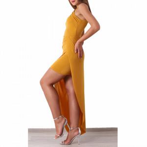 Rochie Brooke Muștarie - Rochie elegantă cu un voal lung, buretată la bust.  Pune-ți silueta în evidență și atrage toate privirile, aspectul asimetric petrecut de la baza rochiei aduce un aer inedit ținutei. - Deppo.ro