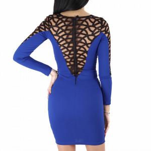 Rochie Helena Blue - Rochie elegantă fabricată în România cu un decolteu generos acoperit cu plasă neagră dantelată, maneci trei sfert din plasă neagră dantelată, pune-ți silueta în evidență și atrage toate privirile - Deppo.ro