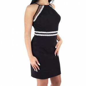 Rochie Karlee Black - Rochie elegantă cu umerii goi și dungi cu ștrasuri, pune-ți silueta în evidență și atrage toate privirile, rochie conică, fronșeul din talie îți pune în valoare formele, iar aspectul asimetric petrecut de la baza rochiei aduce un aer inedit ținutei. - Deppo.ro