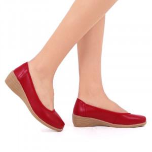 Pantofi din piele naturală cod 2111 Roşi
