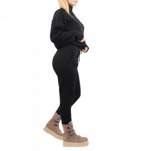 Compleu tricot damă Black - Compleu pentru femei, compus din bluză, pantalon Material ușor elastic Pantalon cu buzunareoar  laterale - Deppo.ro