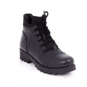 Ghete pentru dame cod 43131 Negre - Ghete din piele ecologică cu interior căptușit cu închidere prin șiret și fermoar - Deppo.ro