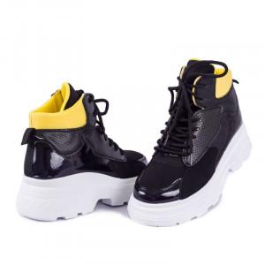 Ghete pentru dame cod D763 Negre - Ghete sport pentru dame din piele ecologică lacuita, cu talpă înaltă si interior căptuşit - Deppo.ro