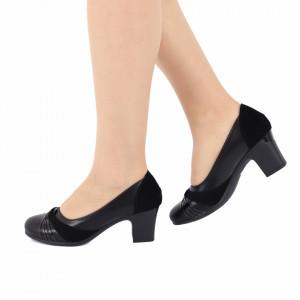 Pantofi Cu Toc Kylee Black - Pantofi cu toc gros cu un model deosebit și vârf rotundt din piele ecologică, foarte confortabili potriviți pentru birou sau evenimente speciale. - Deppo.ro