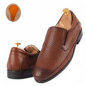 Pantofi din piele naturală cod 4336 Maro