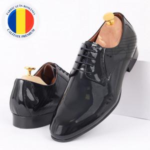 Pantofi din piele naturală navy cod 3266 - Pantofi pentru bărbaţi din piele naturală lăcuită cu şiret, model simplu, finisaje îngrijite cu un design deosebit - Deppo.ro