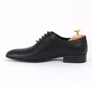 Pantofi din piele naturală negri cod 3290 - Pantofi pentru bărbaţi din piele naturală cu şiret, model simplu, finisaje îngrijite cu un design deosebit - Deppo.ro
