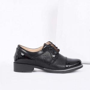 Pantofi din piele naturală Negri Cod 856691 - Pantofi pentru dame din piele naturală lăcuită Închidere cu şiret Calapod comod - Deppo.ro