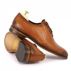 Pantofi din piele naturală pentru bărbați cod 2012 Maro deschis - Pantofi din piele naturală pentru bărbaţi, model simplu, finisaje îngrijite cu un design deosebit - Deppo.ro