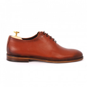 Pantofi din piele naturală pentru bărbați cod 2022 Maro deschis - Pantofi din piele naturală pentru bărbaţi, model simplu, finisaje îngrijite cu un design deosebit - Deppo.ro