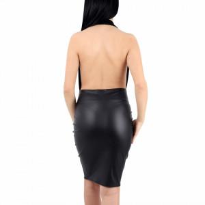 Rochie Kelsey Black - Rochie neagră mulata scurtă fără maneci cu spatele gol, decolteu tip V,usor de accesorizat fiind ideală pentru orice eveniment. - Deppo.ro