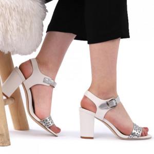 Sandale pentru dame cod J10 White