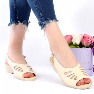 Sandale pentru dame din piele naturală cod 023 Bej