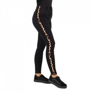 Pantaloni de blugi pentru dame cod 1154 Negri