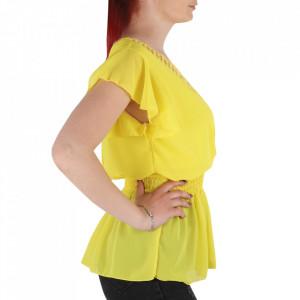 Bluză pentru dame tip cămășuță cod 1938 Yellow - Bluză tip cămășuță pentru dame  Model decorativ cu dantelă  Decolteu in V - Deppo.ro