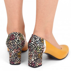 Pantofi cu toc din piele naturală Cod M1206 Muştariu - Pantofi cu toc din piele naturală moale, foarte comozi, acești pantofi vă conferă lejeritate și eleganță - Deppo.ro