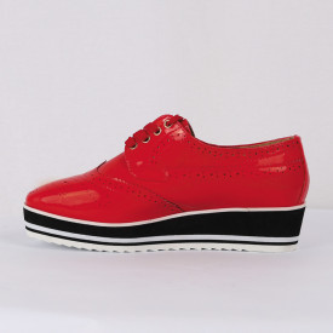 Pantofi din piele ecologică Cod 0-167 Rosi - Pantofii îți transformă limbajul corpului și atitudinea. Te înalță fizic și psihic! Pantofi pentru dame din piele ecologică lăcuită - Deppo.ro