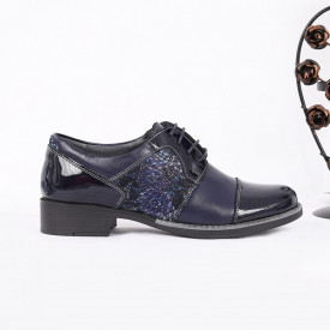 Pantofi din piele naturală Bleumarin Cod 0221 - Pantofii îți transformă limbajul corpului și atitudinea. Te înalță fizic și psihic! Pantofi pentru dame din piele naturală - Deppo.ro
