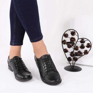 Pantofi din piele naturală cod 15637 N-PR - Pantofii îți transformă limbajul corpului și atitudinea. Te înalță fizic și psihic! Pantofi pentru dame din piele naturală - Deppo.ro