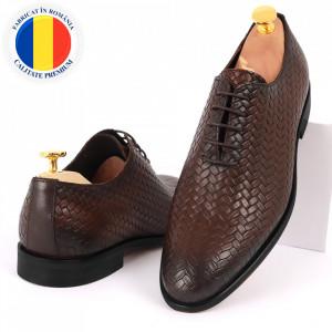 Pantofi din piele naturală pentru bărbați cod 2012 Maro Închis