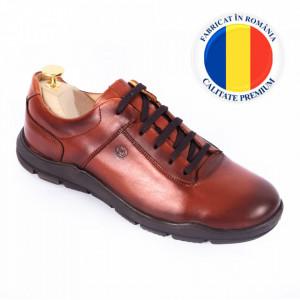 Pantofi din piele naturală pentru bărbați cod 324 Maro