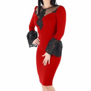 Rochie Alondra Red - Rochie elegantă cu un decolteu generos acoperit cu plasă neagră dantelată, maneci trei sfert din plasă neagră dantelată, pune-ți silueta în evidență și atrage toate privirile - Deppo.ro