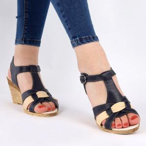 Sandale pentru dame din piele naturală cod 169307 Navy - Sandale pentru dama din piele naturală  Închidere prin baretă  Calapod comod - Deppo.ro