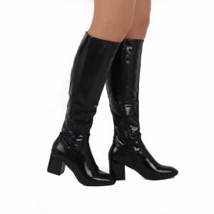 Cizme cod JX403516 Negre - Cizme elegante pentru dame din piele ecologică lăcuită cu închidere cu șiret - Deppo.ro