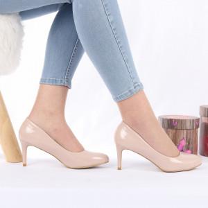 Pantofi cu toc cod AB2 Nude - Pantofi cu toc din piele ecologică cu un design unic, fii în pas cu moda şi străluceşte la următoarea petrecere. - Deppo.ro
