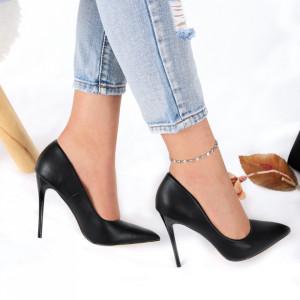 Pantofi cu toc cod EK0016 Negri - Pantofi cu toc din piele ecologică cu un design unic, fii în pas cu moda şi străluceşte la următoarea petrecere. - Deppo.ro