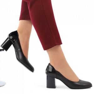 Pantofi cu toc din piele naturală cod 1049 Negru