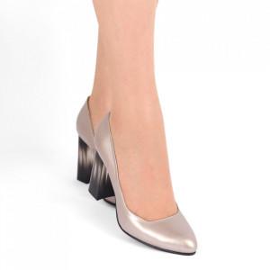 Pantofi cu toc din piele naturală Cod S21 Crom - Pantofi cu toc din piele naturală moale cu imprimeu discret de piele de șarpe  Foarte comozi, acești pantofi vă conferă lejeritate și eleganță - Deppo.ro