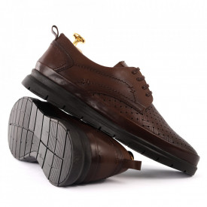 Pantofi din piele naturală Cod 174 Maro - Pantofi din piele naturală  Model perforat , tălpicmoale ce conferă comoditatea de care ai nevoie! Finisaje îngrijite cu un design deosebit - Deppo.ro