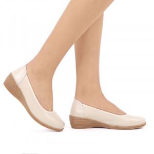 Pantofi din piele naturală cod 2111 Bej