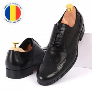 Pantofi din piele naturală negri cod 3254