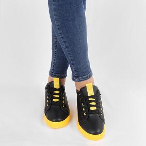 Pantofi sport cod Z122 Negri - Pantofi sport din material textil cu talpă galbenă si un calapod comod - Deppo.ro