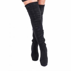 Cizme cod CA18 Negre - Cizme din material textil tip catifea cu lungimea de 50 cm, se închid cu şiret si fermoar, toc de 12,5cm și lungime totală de 67 cm - Deppo.ro