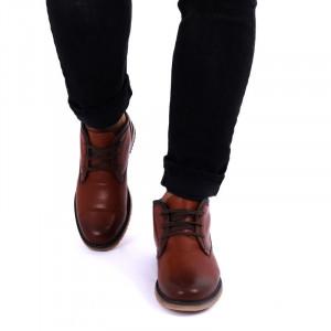 Ghete din piele naturală cod 212 Maro - Cumpără îmbrăcăminte și incăltăminte de calitate cu un stil aparte mereu în ton cu moda, prețuri accesibile și reduceri reale, transport în toată țara cu plata la ramburs - Deppo.ro