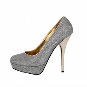 Pantofi Cu Toc Angelica Silver - Pantofi cu toc și platformă pentru dame care vă pot completa o ținută fresh în acest sezon. Incalță-te cu această pereche de pantofi la modă și asorteaz-o cu pantalonii sau fusta preferată pentru a creea o ținută deosebită. - Deppo.ro