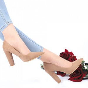Pantofi Cu Toc Clarissa Beige