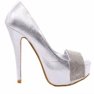 Pantofi cu toc cod 22307 Arginti - Pantofi cu toc înalt și platformă, din piele ecologică lăcuită decorați cu o bandă cu ștrasuri - Deppo.ro