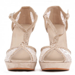 Pantofi cu toc cod H2027 Bej - Pantofi cu toc lung și platformă, cu un design dantelat foarte confortabili datorită calapodului comod - Deppo.ro