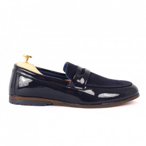 Pantofi din piele ecologică cod GADO-001 Navy - Pantofi pentru bărbaţi din piele ecologică, model simplu, finisaje îngrijite cu un design deosebit - Deppo.ro