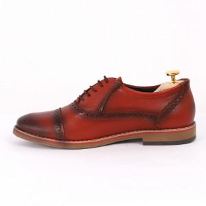 Pantofi din piele naturală cărămiziu cod 3227 - Pantofi pentru bărbaţi din piele naturală, model simplu, finisaje îngrijite cu undesign deosebit - Deppo.ro
