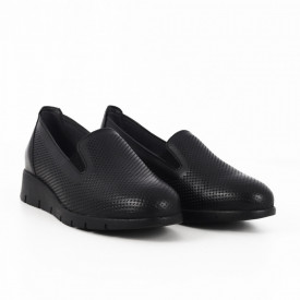 Pantofi din piele naturală cod 115924 N - Pantofi damă din piele naturală, foarte confortabili cu un tălpic special care conferă lejeritate chiar și în cazurile în care petreci mult timp stând în picioare. - Deppo.ro