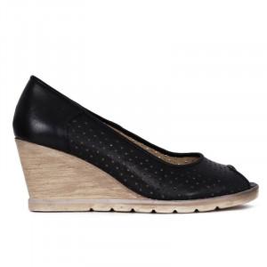 Pantofi din piele naturală cod 55672 Negri - Pantofi din piele naturală perforată cu platformă și vârf decupat, confortul purtării este sporit de tălpicul din piele ecologică - Deppo.ro