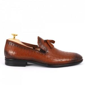 Pantofi din piele naturală cod 940 Maro deschis - Pantofi din piele naturală, model simplu, finisaje îngrijite cu undesign deosebit - Deppo.ro