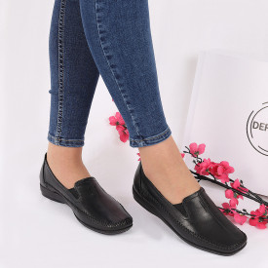 Pantofi din piele naturală negri cod Z8121