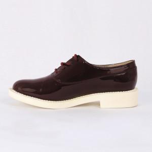 Pantofi pentru dame cod ZA1 Maroon - Pantofii îți transformă limbajul corpului și atitudinea. Te înalță fizic și psihic! Pantofi pentru dame din piele ecologică lăcuită - Deppo.ro