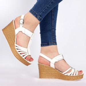 Sandale pentru dame din piele naturală cod 164807 White
